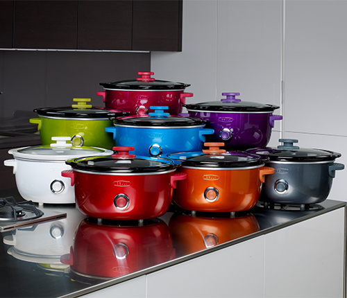 DOTS-8-Slow-Cookers-in-Kitchen_500