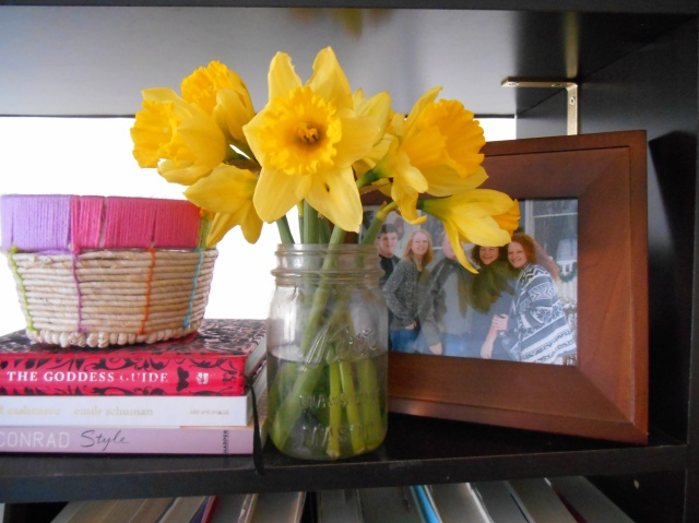 Open House: Bookshelves | Tulips & Rain